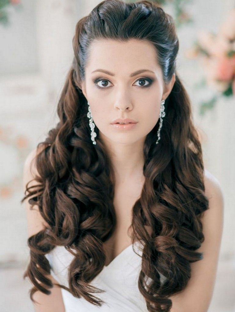 Wedding Hair Inspiration 12 Ways To Wear Your Long Hair Down Bride Wedding Network Explore Discover The Best And The Most Trending Wedding Ideas Around The World